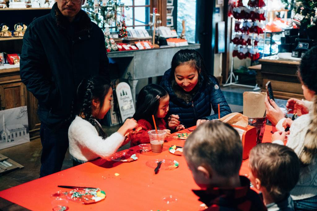 Special Holiday Experiences - Cookie Decorating - SkyPark at Santa's Village