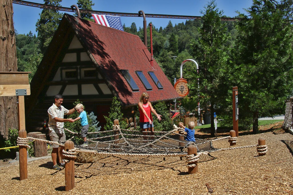 Santa's Village Attractions - Discovery Playscape