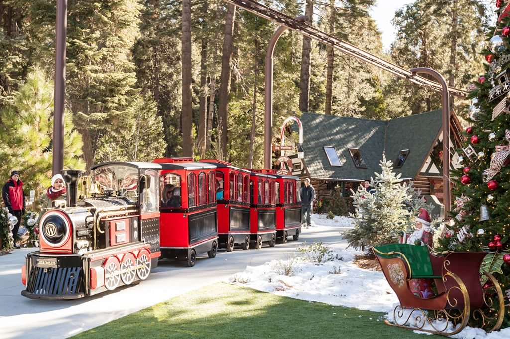 The Polar Express Train Ride - Santa's Village Attractions
