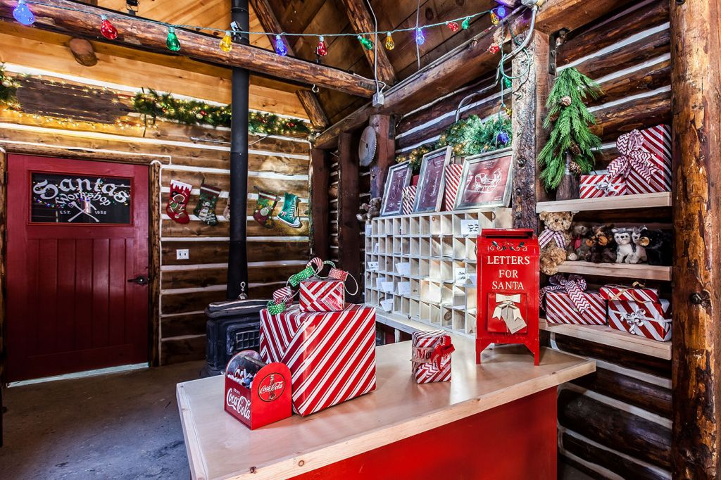 Santa's Workshop Museum